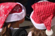 Jump on the Bus ofrece a los niños de crianza una experiencia navideña inolvidable