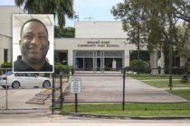 Despiden a director de escuela secundaria de Florida por comentario sobre el Holocausto