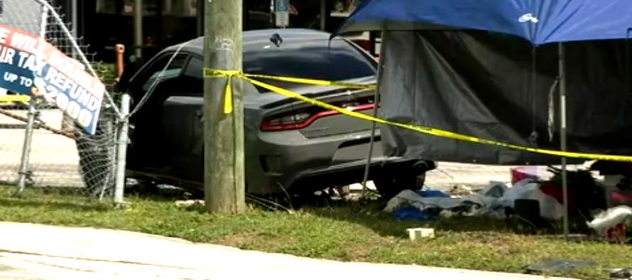 Niño de 3 años fallece tras el choque de un automóvil contra la carpa de Valentine en Homestead