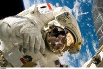 La NASA podría estar planificando enviar a la primera mujer a la luna en 2024