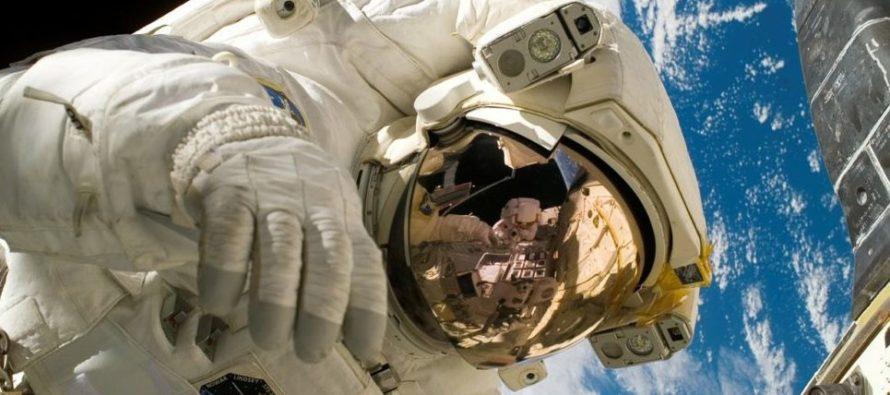 Resultado de imagen para NASA enviará a una mujer por primera vez a la Luna en 2024