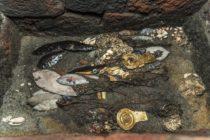 Encontraron en Templo Mayor de México aves con collares de oro