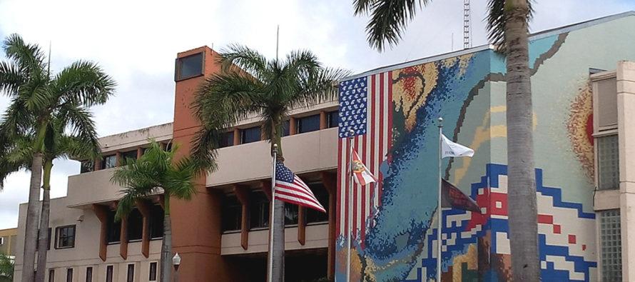 Ayuntamiento de Hialeah tendrá que pagar una multa de $75 mil y devolver dinero por licencias ilegales