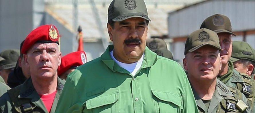 Desertores de Maduro andan en busca de refugio español