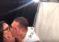 ¡Que abuso! Boxeador le 'robó' un beso a una periodista en plena entrevista (Video)