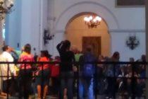 Ex trabajadores tomaron Catedral de Caracas exigiendo pago de deudas al régimen de Maduro