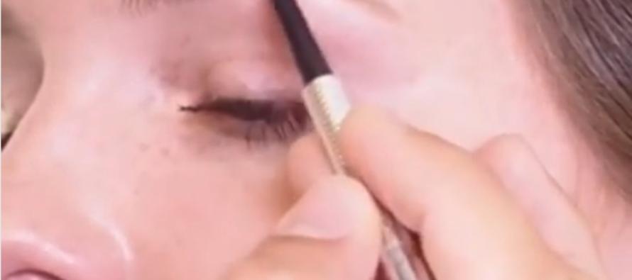 Sigue los consejos del experto en cejas de Benefit y logra unas cejas perfectas