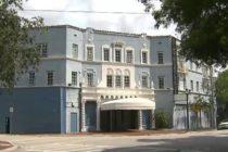 Condado de Miami-Dade demanda a Miami por detener el proyecto de Coconut Grove Playhouse