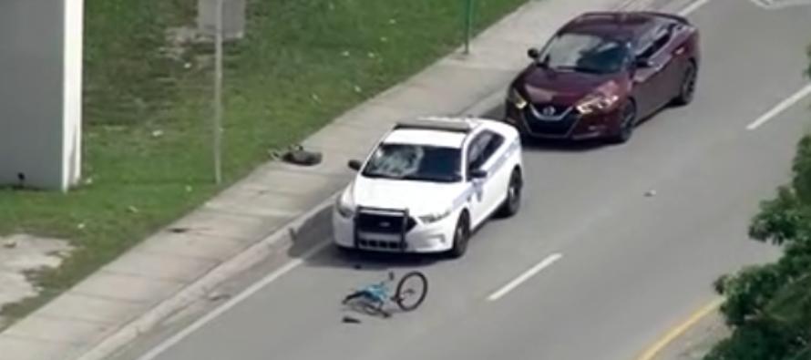 Ciclista se encuentra estable tras ser atropellado por un vehículo de la policía de Miami