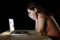 Mujeres del sur de la Florida temen por acosadores sexuales en línea