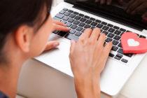 Estafadores de citas en línea utilizan perfiles de militares estadounidenses falsos para atraer a sus víctimas