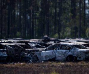 Fuego acabó con 3.500 autos de alquiler en Florida