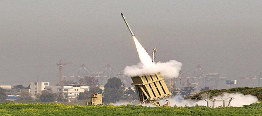 Periodista transmitió en vivo como sistema de defensa israelí intercepta misiles desde Gaza (Video)