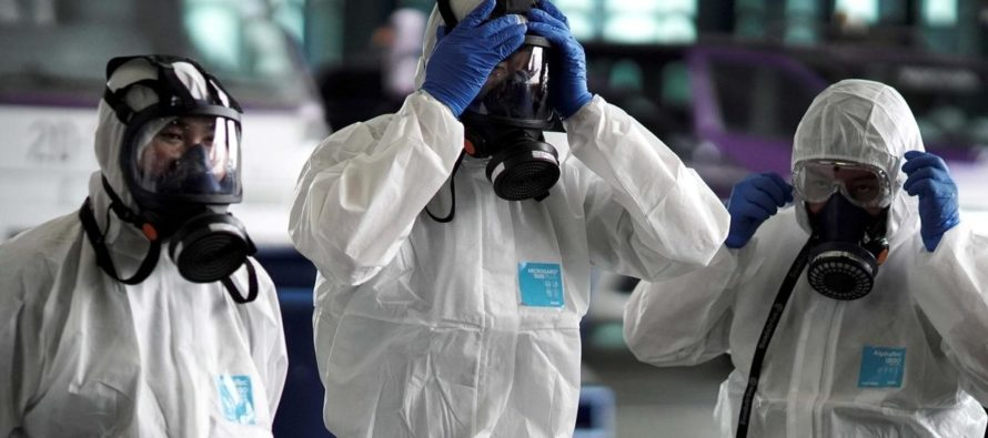 OMS: Año y medio para desarrollar vacuna contra coronavirus y China registró 1.113 fallecidos