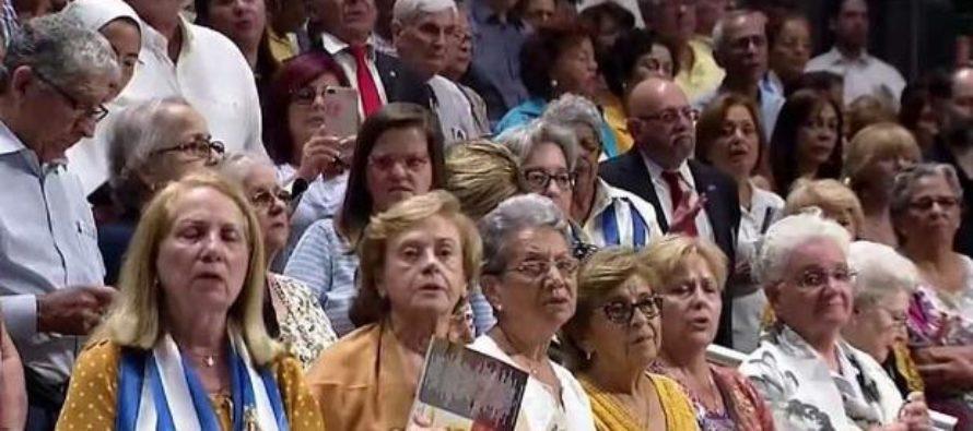 Cubanos marcharon en Miami el día de la Virgen de la Caridad del Cobre por una Cuba libre