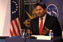 El experto en antiterrorismo, Joseph Humire, advierte que Venezuela es una «migraña» para América