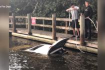 Kayakista de Florida rescata a una anciana que estuvo atrapada y sumergida en su auto durante horas
