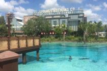Tres restaurantes de Disney Springs afectados por violación de datos