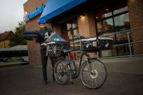 Domino's lanza programa de e-bike para entrega de pizzas en Miami