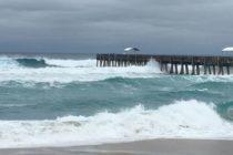 Muelle de Lake Worth Beach cerrado por mal clima