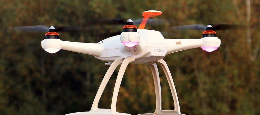 Utilizan drones para realizar labores de fumigación en algunas zonas de la Florida