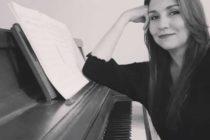 Pianista venezolana Linda González promueve su talento musical por el mundo