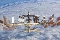 La Estación Espacial Internacional está visible sobre el cielo de Florida