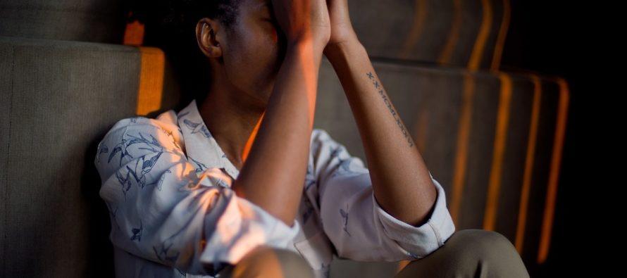 La población latina es la que presenta los mayores niveles de estrés