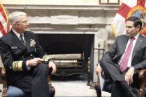 Jefe del Comando Sur a la espera de instrucción de Trump para desplegar Marina de EEUU en Venezuela