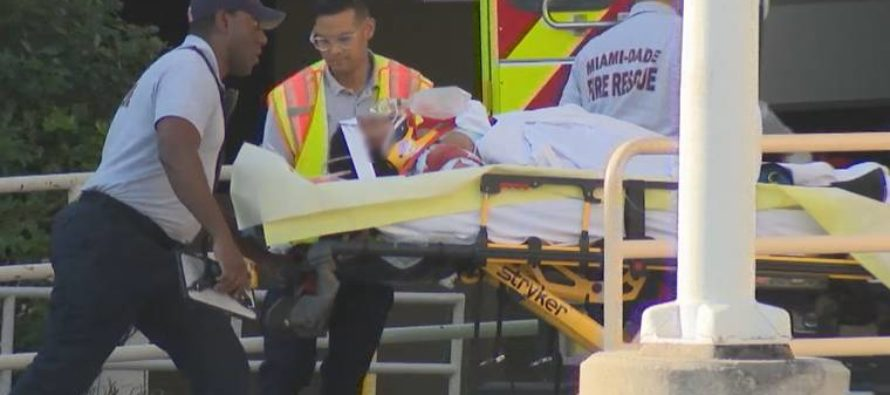 Trasladan a un joven al hospital tras ser atropellado en North Miami Beach