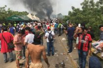 PNB quemó tres gandolas con ayuda humanitaria que ingresaría a Venezuela