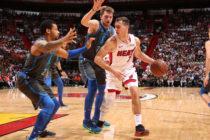 Triple-doble de Dragic guió triunfo del Heat en noche eslovena para Miami