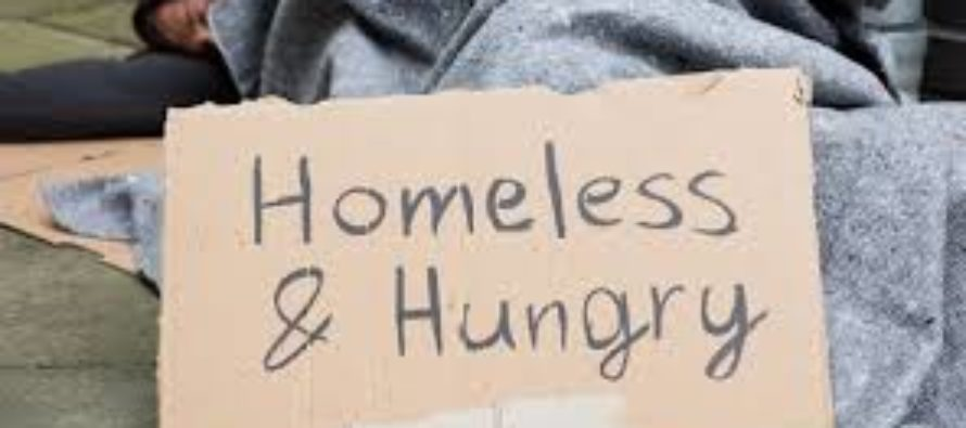 Miami Beach usará multas para financiar programas para personas sin hogar