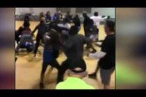 Hombre de Florida atacó a una joven durante juego de baloncesto juvenil (VIDEO)