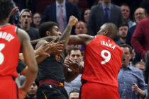 Duelo de NBA termina en tremenda pelea de boxeo (Video)