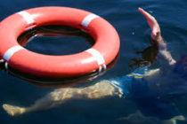 Un vecino se convirtió en héroe al rescatar a un niño que cayó en un lago