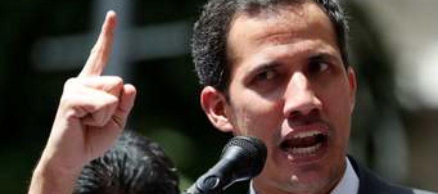 Guaidó advirtió a militares que la espera para abandonar al «usurpador» se acaba