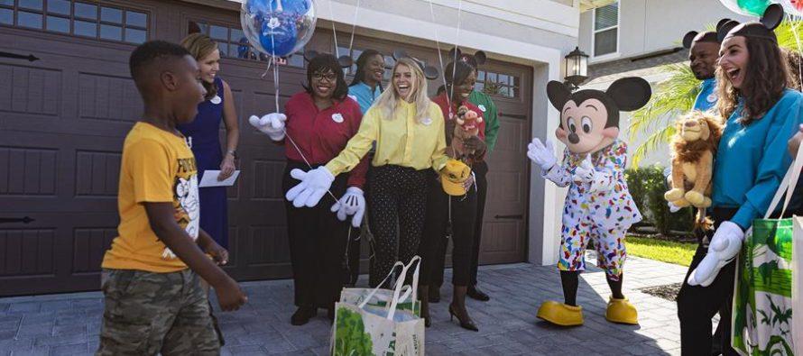 Disney recompensa a niño de Florida que usó fondos de vacaciones para ayudar a víctimas de Dorian