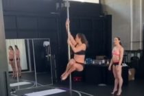 Jennifer López lo muestra todo bailando pole dance (Video)