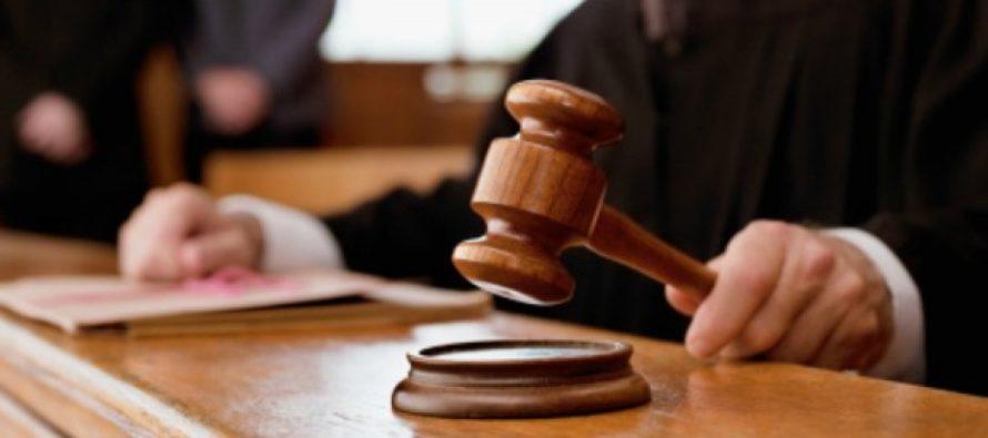 ¡Pelea por la Primera Enmienda! Después que hombre fue arrestado por maldecir a juez en Florida