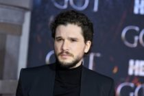 Actor Kit Harington ingresó a un centro de rehabilitación tras el final de la popular serie GOT