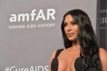 ¡Al descubierto! Mira las fotos sin photoshop de Kim Kardashian en bikini