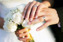 Agreden a un hombre en su matrimonio tras aparecer su primera mujer y decir que tiene dos esposas más (video)