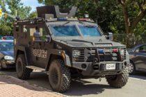 Policía de Miami quiere camiones blindados y un barco no tripulado para atrapar a maleantes