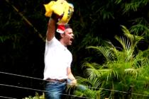 Líder opositor Leopoldo López a oscuras en la embajada de España en Caracas