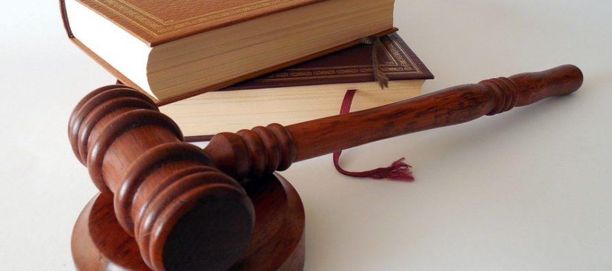"""¡Insólito! Grabaron a aspirantes a jueces de la Corte Suprema de Paraguay """"soplándose"""" en pleno examen"""
