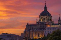 Si deseas conocer Madrid de una manera única e inolvidable, no puedes dejar de contactar a Nakamad