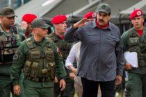 Militares venezolanos emiten sus propias tarjetas de crédito tras veto de Mastercard