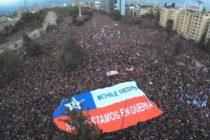 Estallido social: Marchas, vandalismo y destrucción en Chile para que renuncie Sebastián Piñera