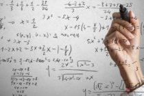 Profesor de matemáticas perdió su empleo por enseñar las 'ecuaciones de amor' (Video)